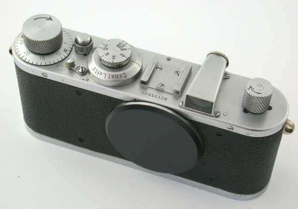 LEICA standard model E body no 105500 first batch chrome 1933