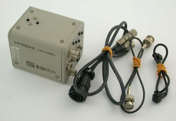 HITACHI HV-D30 Video Überwachungs-Kamera 3CCD c-mount DSP color NTSC