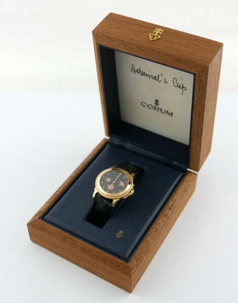 Admirals Cup Corum Armbanduhr 750 Gold