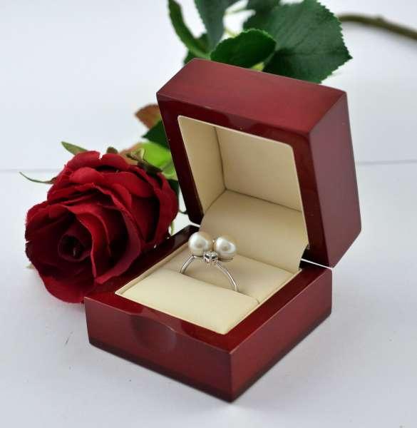 Ring Weiss-Gold 750 brilliant-cut Brillanten 0,30 Perlen 52-69
